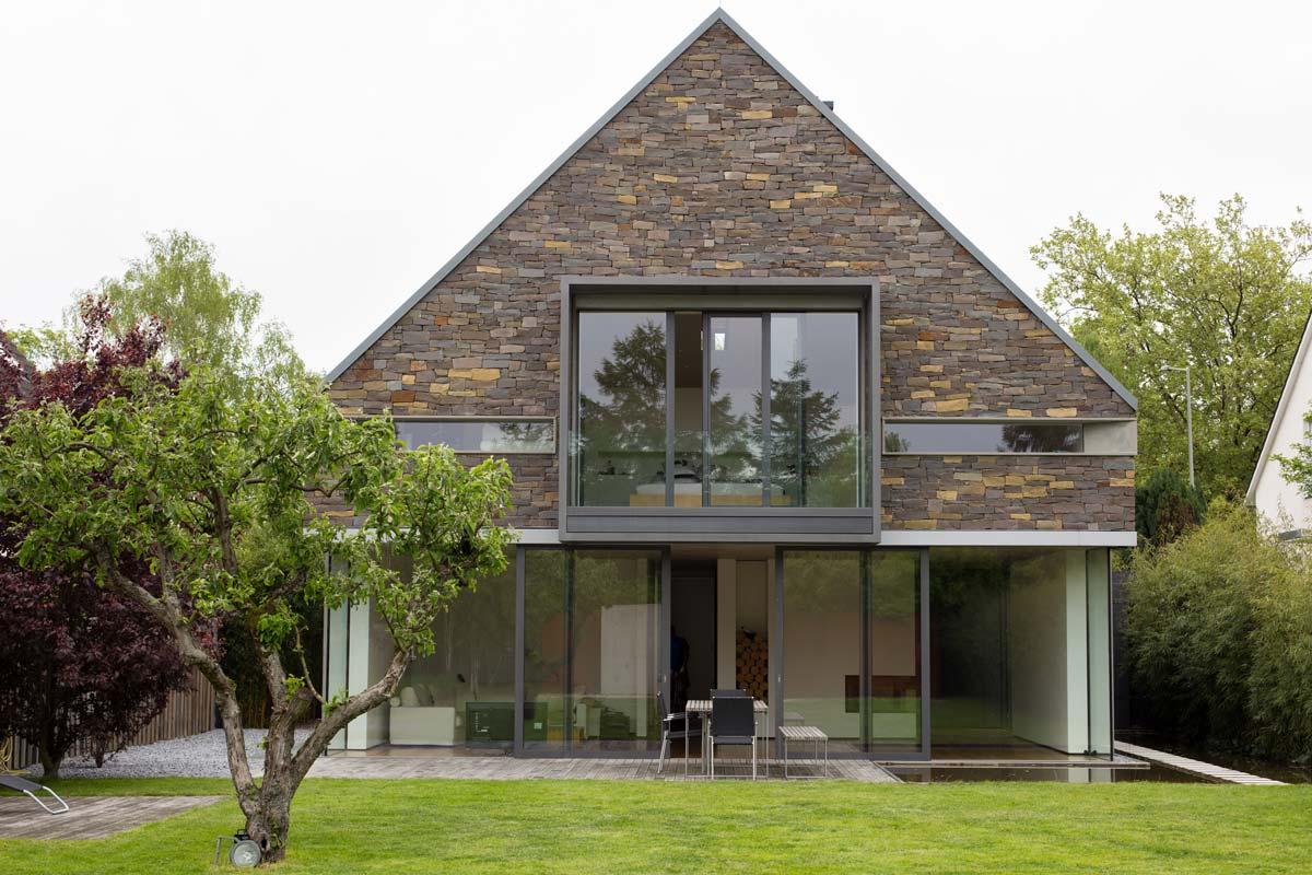 blick zur ck 03 wohnhaus. Black Bedroom Furniture Sets. Home Design Ideas